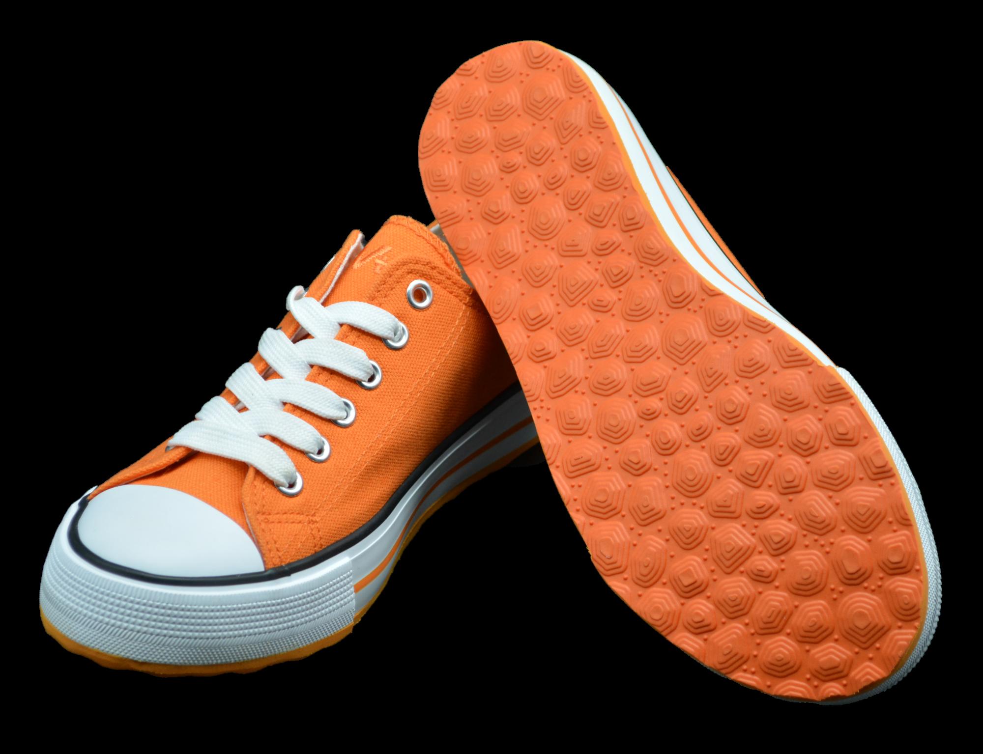 Schuhe mit orangefarbenen Sohlen